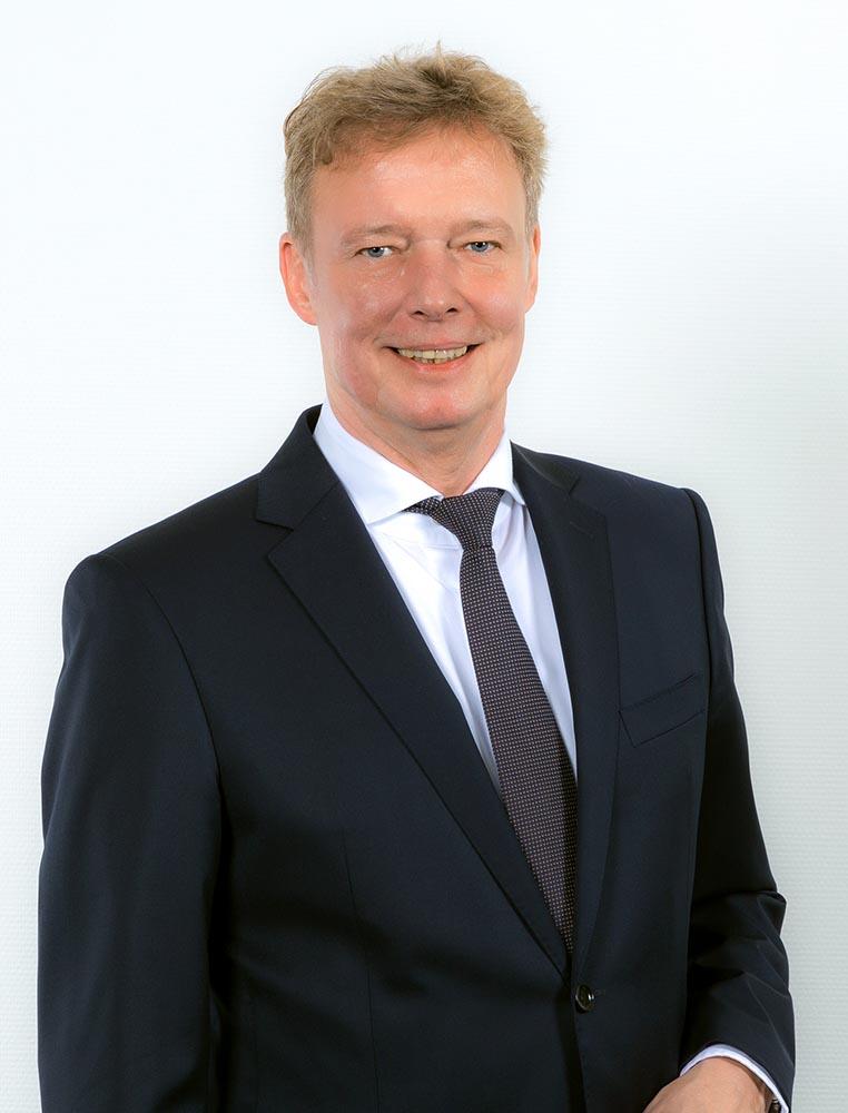 Dr. Peter Aichinger